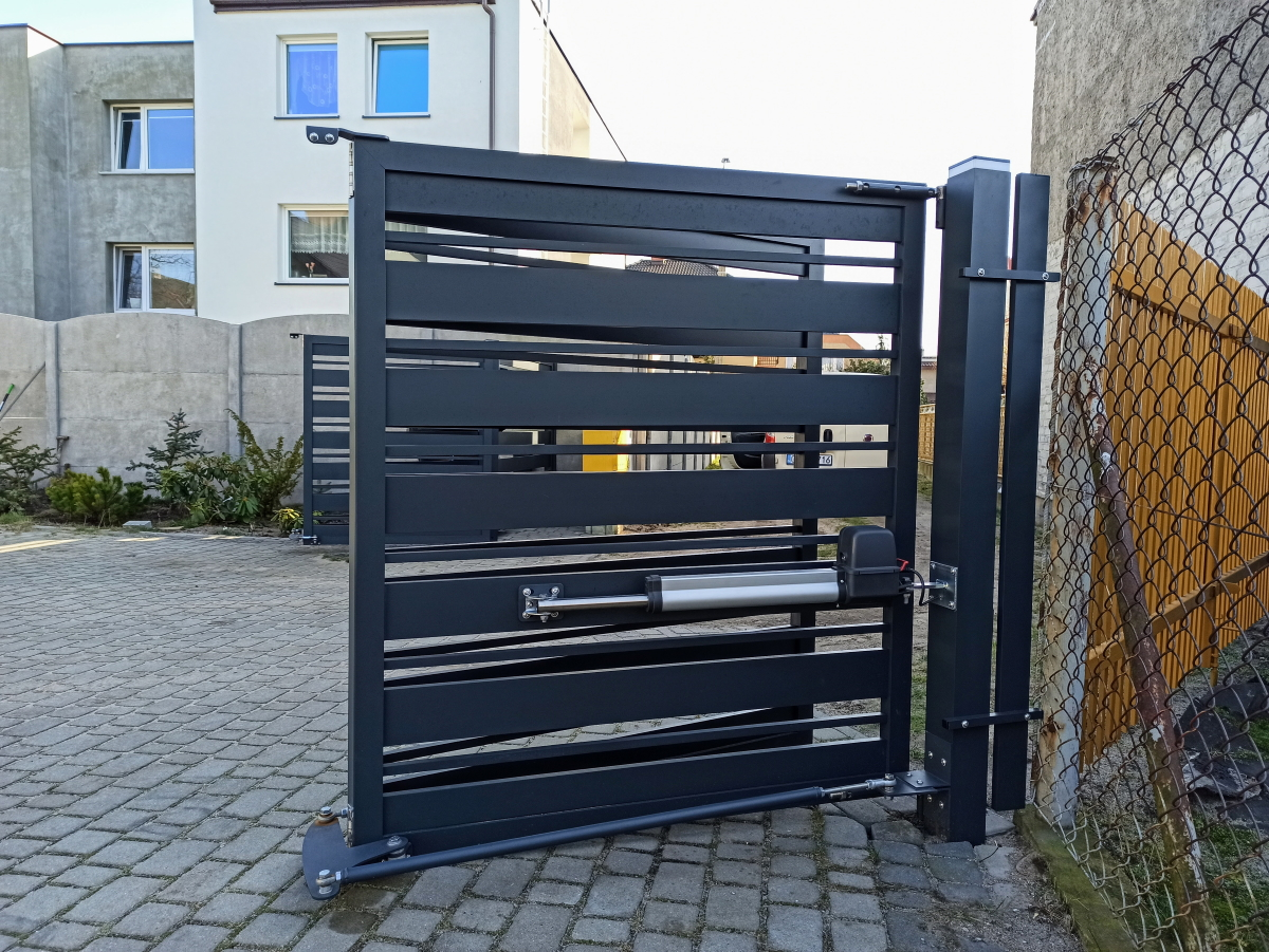 Brama łamana z aluminium